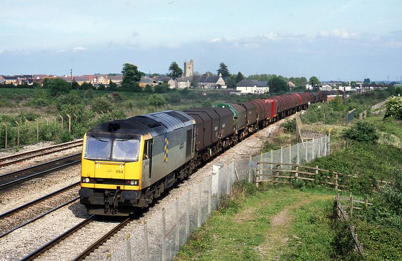 60054, 14.00 Round Oak-Margam, Severn Tunnel Junction, 7-5-03.