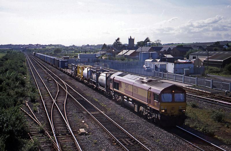66031, 16.38 Newport Alexandra Dock Junction-Wembley, Severn Tunnel Junction, 6-5-03.