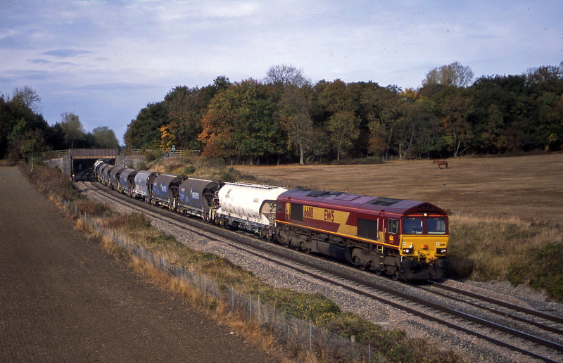 66118, 09.57 Cliffe Vale-St Blazey, Besford, near Pershore, Worcestershire, 21-10-03.