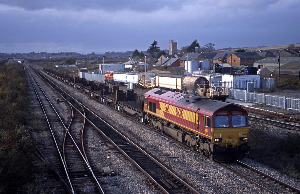 66083, 11.42 Llanwern-Lackenby, Severn Tunnel Junction, 29-10-03.