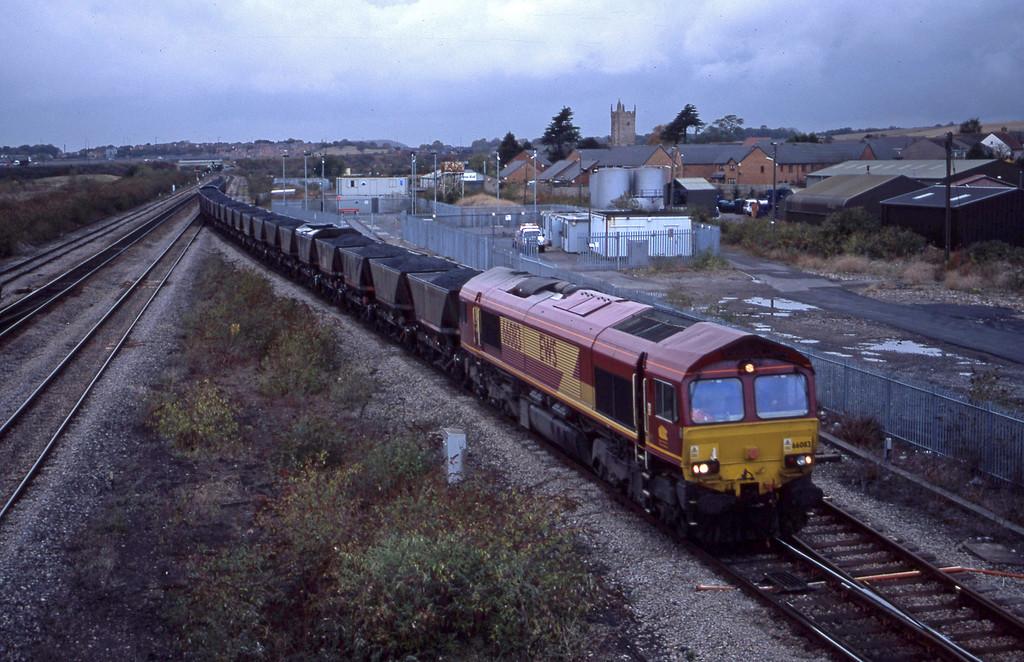 66083, 10.03 Parc Slip-Westbury Cement Works, Severn Tunnel Junction, 29-10-03.
