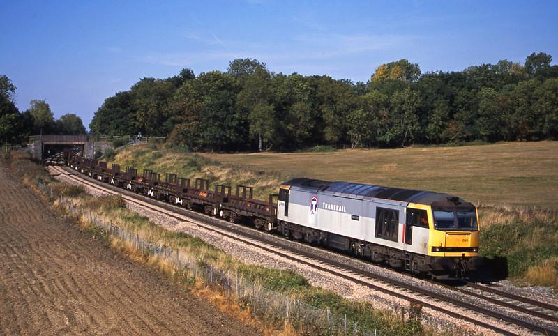 60093, 10.10 Corby-Margam, Besford, near Evesham, 17-9-03.