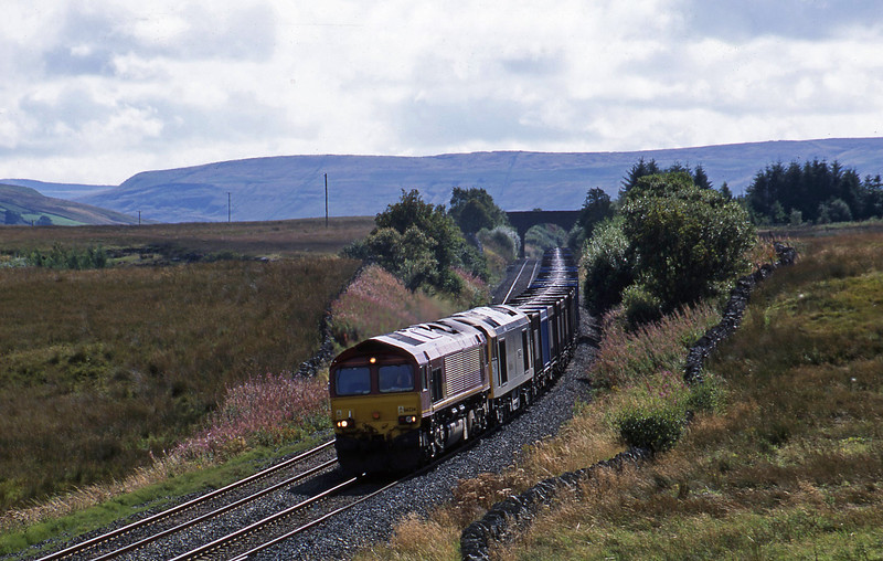 66234/60086, 04.57 Drax Power Station-Newbiggin, Ais Gill, 9-9-03.