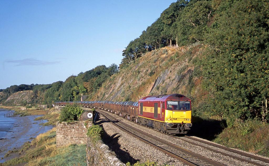 60071, 08.23 Llanwern-Corby, Gatcombe, near Lydney, 23-9-03.