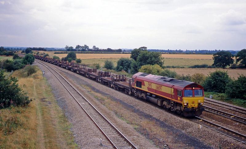 66097, 07.21 Llanwern-Lackenby, Bolton Percy, near York, 8-9-03.