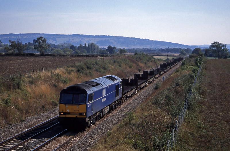 60078, 10.51 Margam-Lackenby, Besford, near Evesham, 17-9-03.
