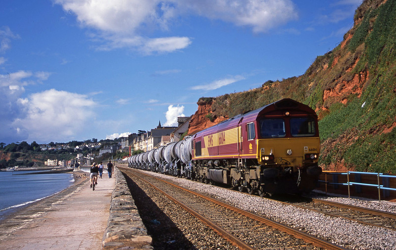 66014, 09.40 Burngullow-Warrington Arpley Yard, Dawlish, 6-9-03.