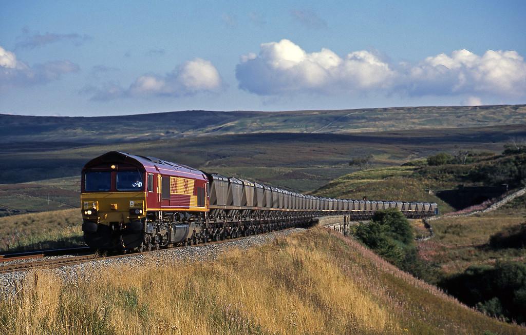 66001, 13.55 Milford Sidings-Ayr, Grisedale Crossing, near Garsdale, 10-9-03.