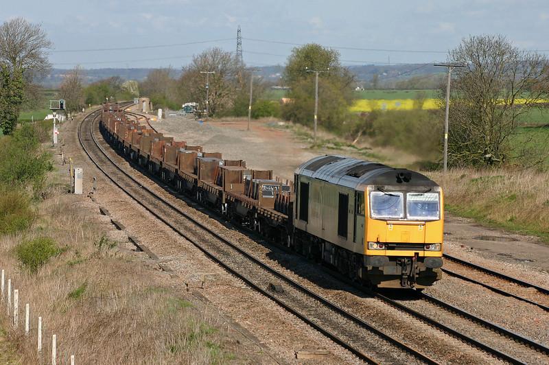 60074, 06.02 Lackenby-Llanwern, Elford, near Tamworth, 13-4-04.