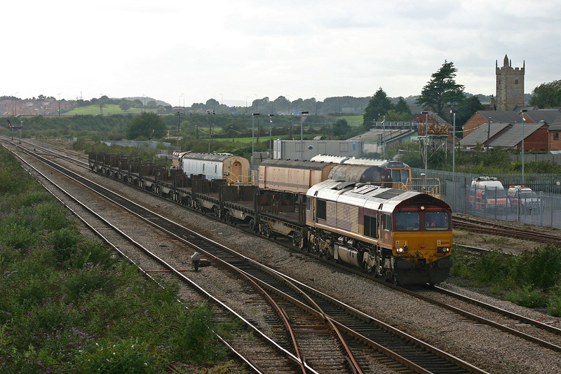 66244, 17.15 Llanwern-Lackenby, Severn Tunnel Junction, 24-8-04.