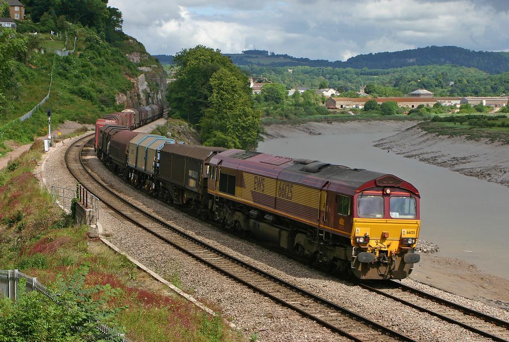 66125, 10.13 Round Oak-Margam, Bulwark, Chepstow, 12-6-04.