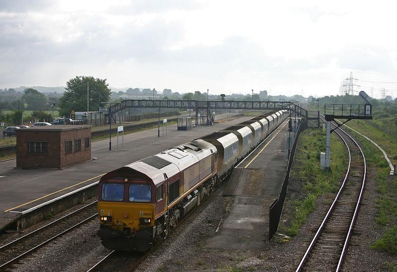 66033, 07.28 Westbury Yard-Machen Quarry, Severn Tunnel Junction, 5-6-04.