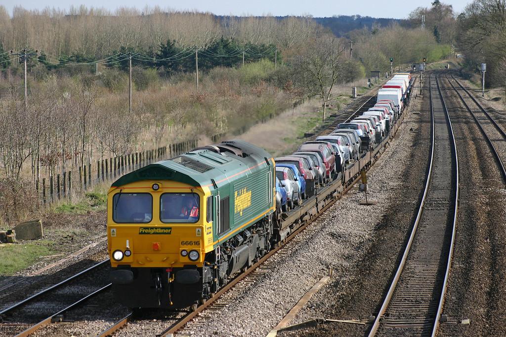 66616, 13.48 Southampton West Docks-Crewe, Lower Basildon, near Pangbourne, 31-3-04.
