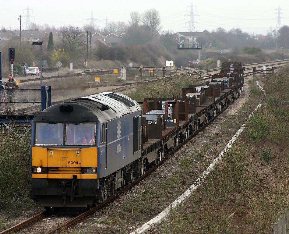 60044, 00.56 Lackenby-Llanwern, Severn Tunnel Junction, 17-3-04.