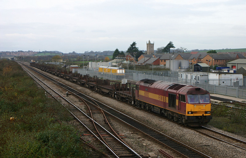 60002, 11.14 Llanwern-Lackenby, Severn Tunnel Junction, 27-11-04.