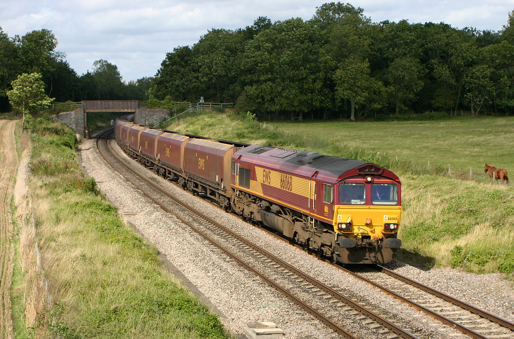 66068, 13.38 Washwood Heath-Portbury, Besford, near Pershore, Worcestershire, 16-9-04.