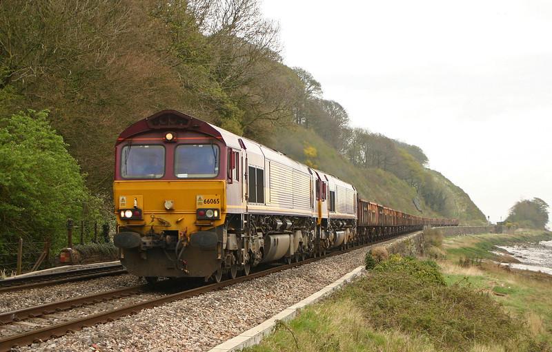 66065/66088, 11.15 Westbury Yard-Newport Alexandra Dock Junction Yard, Gatcombe, 11-4-05.