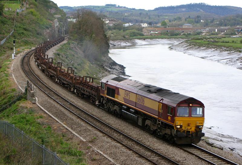 66016, 10.10 Corby-Margam, Bulwark,Chepstow, 12-4-05.