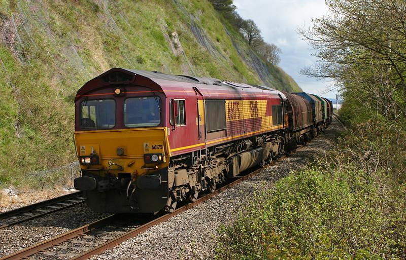 66175, 09.24 Round Oak-Margam, Gatcombe, 14-4-05.
