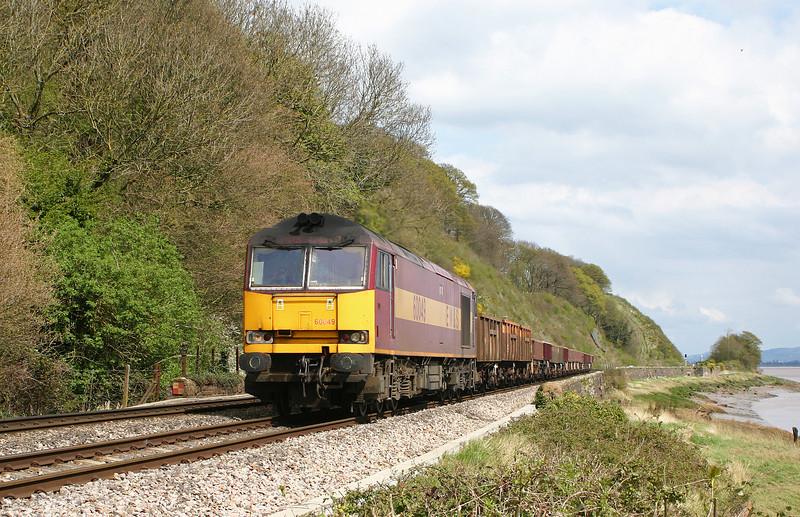60049, diverted 11.15 Westbury Yard-Newport Alexandra Dock Junction, Gatcombe, 14-4-05.