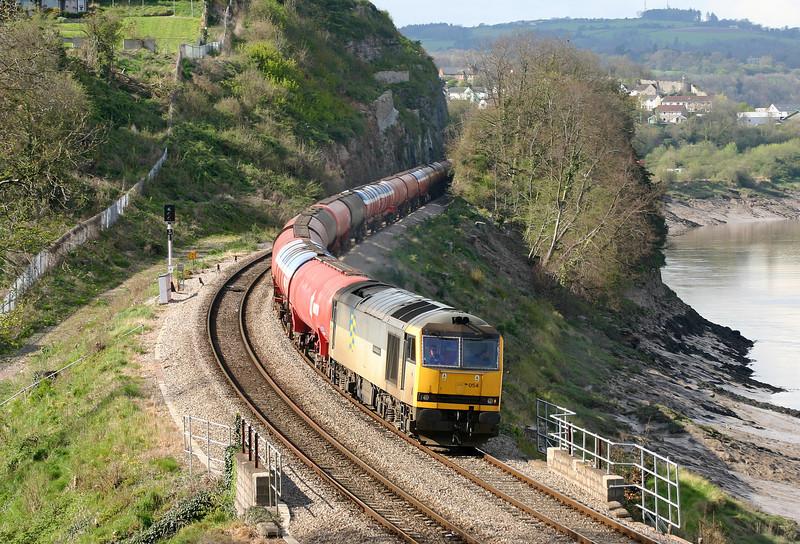 60054, diverted 13.30 Theale-Robeston, Bulwark, Chepstow, 14-4-05.