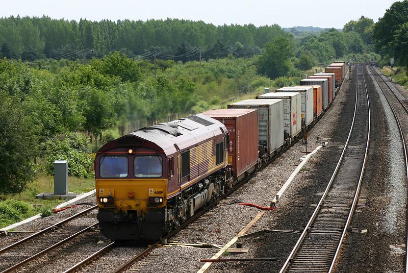 66189, 09.28 Southampton-Ditton Foundry Lane, Lower Basildon, near Pangbourne, 4-8-05.