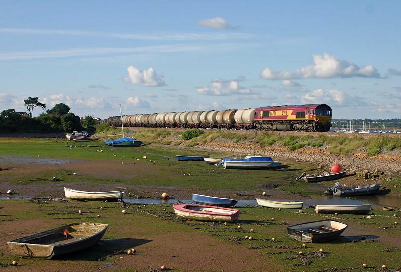 66224, Fawley-Plymouth Tavistock Junction, Cockwood Harbour, 12-08-05.