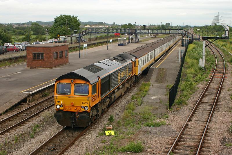 66709, 10.40 Shoeburyness-Newport Docks, Severn Tunnel Junction 30-6-05.