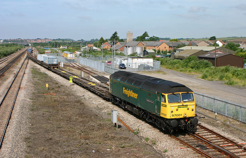 57001, 10.03 Cardiff Wentloog-Southampton Millbrook, Severn Tunnel Junction, 22-6-05.