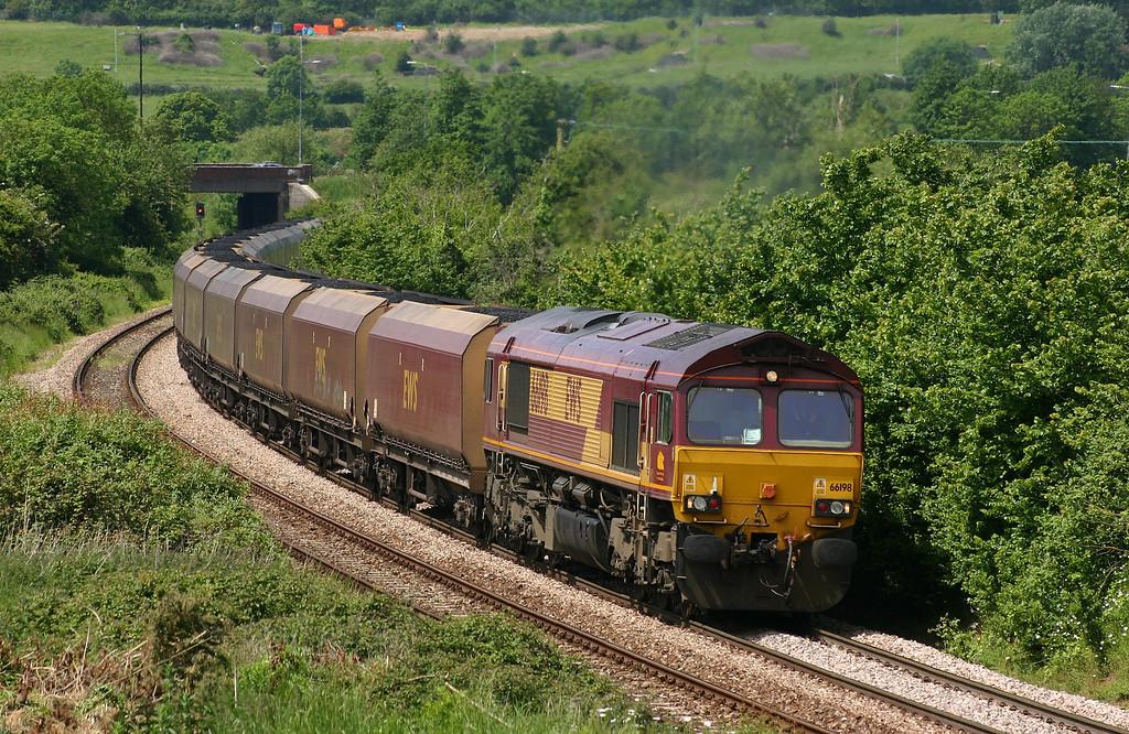 66198, 12.46 Avonmouth Bulk Handling Terminal-Didcot Power Station, Brentry, Bristol, 31-5-05.