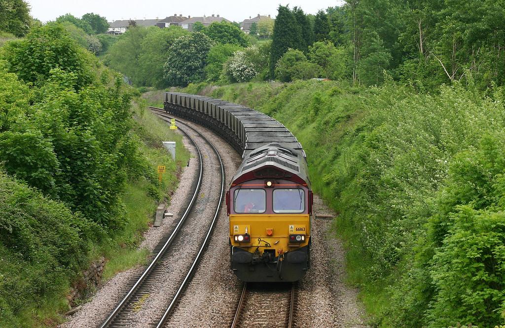66163, down mgr empties, Brentry, Bristol, 26-5-05.
