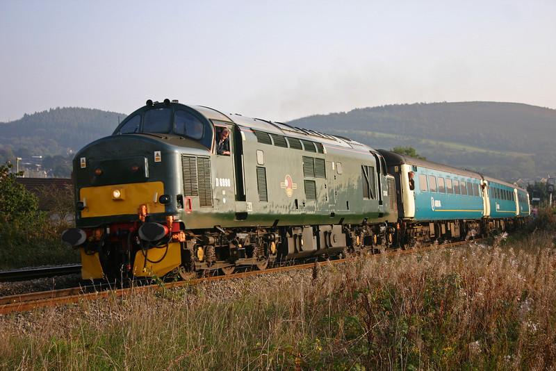 37411, 15.59 Cardiff Central-Rhymney, Aber, near Caerphilly, 15-10-05.