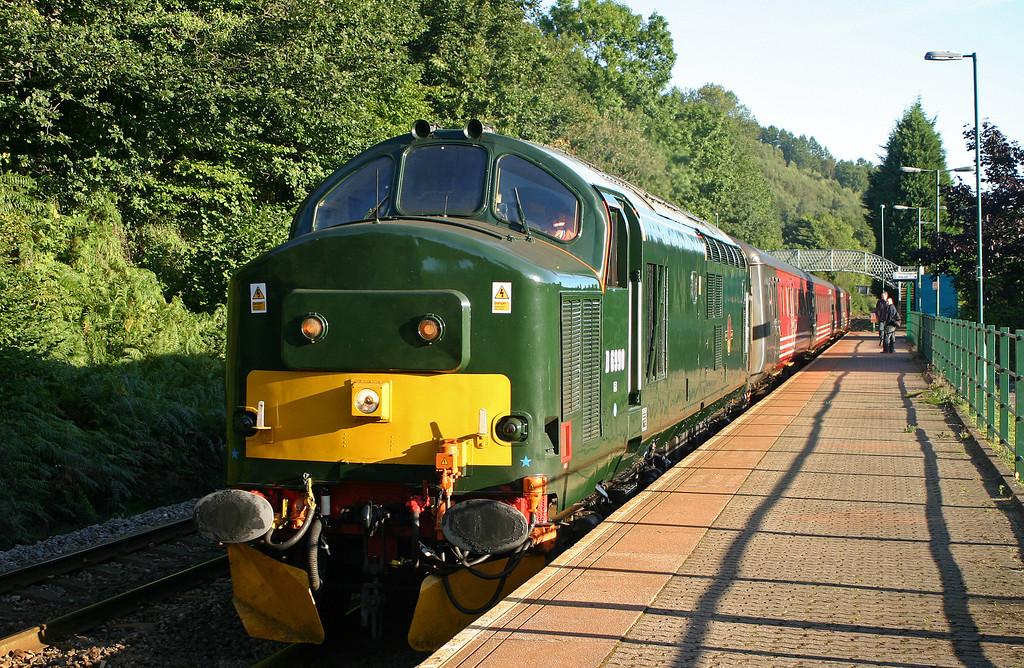 37411, 08.04 Rhymney-Cardiff, Llanbradach, 17-9-05.