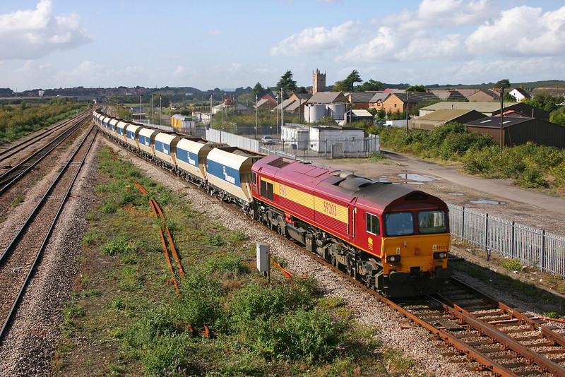 59203, 12.20 Machen-Westbury Yard, Severn Tunnel Junction, 27-9-05.