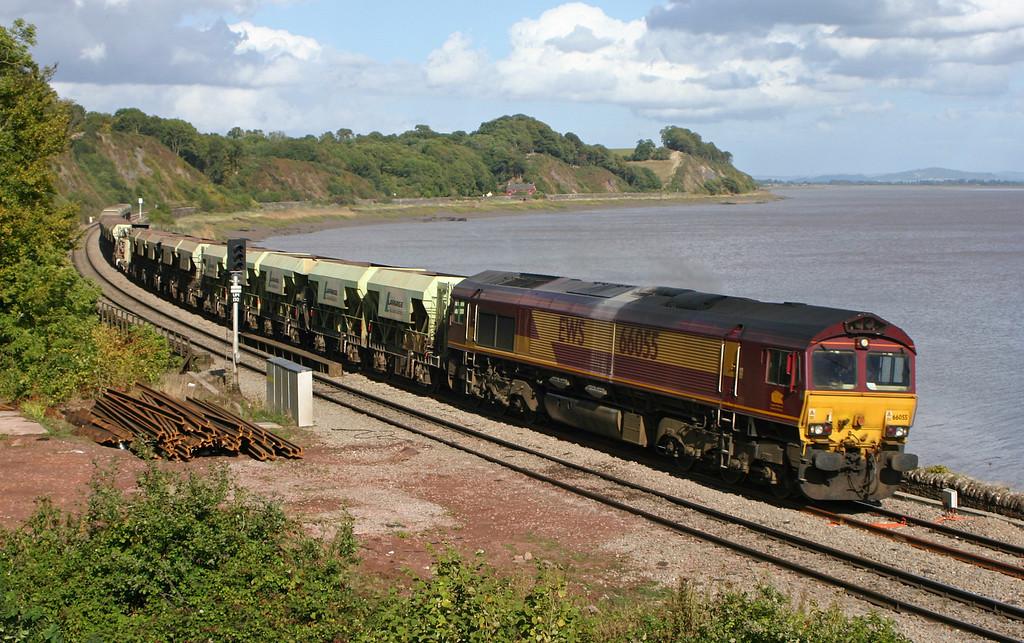 66055, 10.26 Banbury-Cardiff Docks, Purton, near Lydney, 27-9-05.
