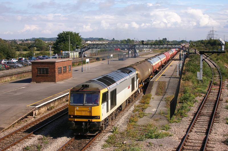 60013, 11.18 Westerleigh-Robeston, Severn Tunnel Junction, 20-9-05. Mondays-only service running on a Tuesday.