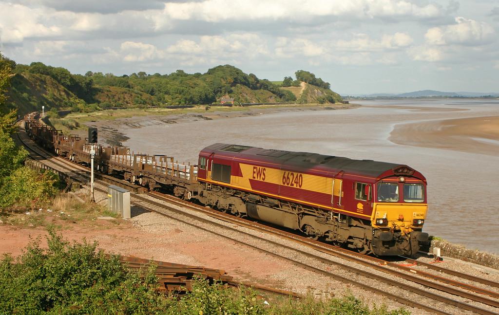 66240, 08.17 Lackenby-Margam, load x 24, Purton, near Lydney, 5-9-05.