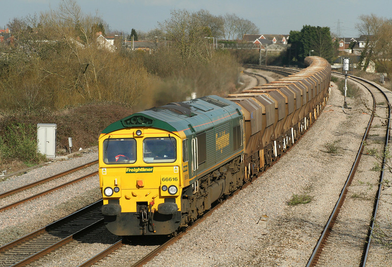 66616, 12.30 Thorney Mill-Cardiff Pengam, Magor, 4-4-06.