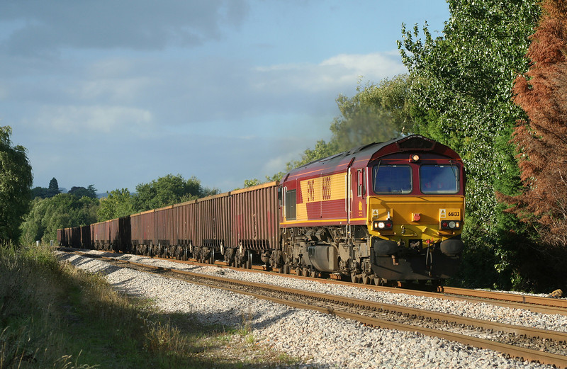 66133, 11.35 Healey Mills-Margam, Bullo Pill, near Newnham, Gloucestershire, 29-8-06.