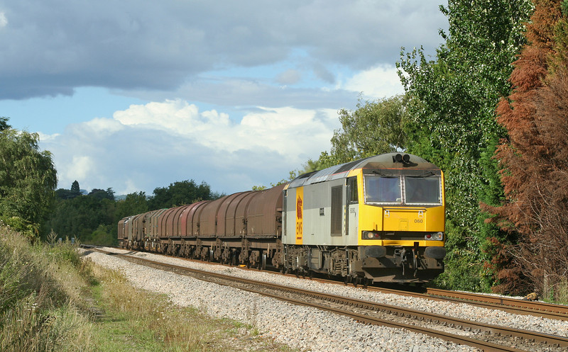 60060, 13.21 Round Oak-Margam, Bullo Pill, near Newnham, Gloucestershire, 29-8-06.