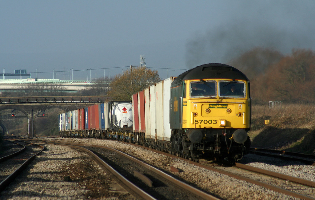 57003, 10.02 Cardiff Wentloog-Southampton Millbrook, Pilning, 6-12-06.