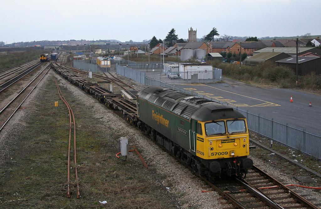 57009, 10.02, Cardiff Wentloog-Southampton, Severn Tunnel Junction, 20-2-06.
