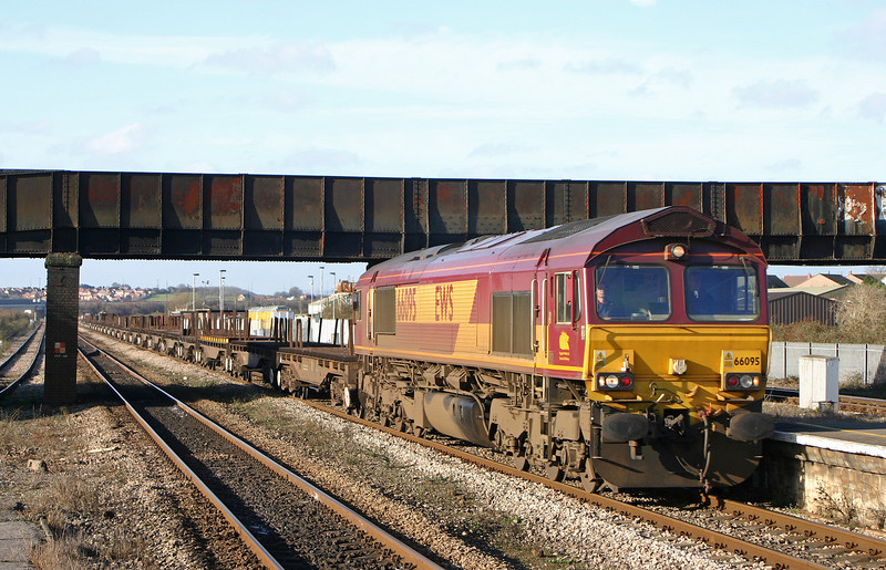 66095, 11.14 Llanwern-Lackenby, Severn Tunnel Junction, 26-1-06.