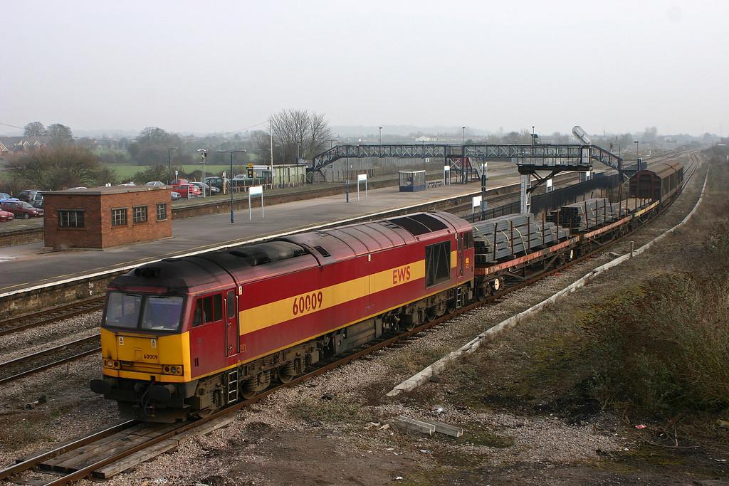 60009, unidentified down steel, Severn Tunnel Junction, 24-1-06.