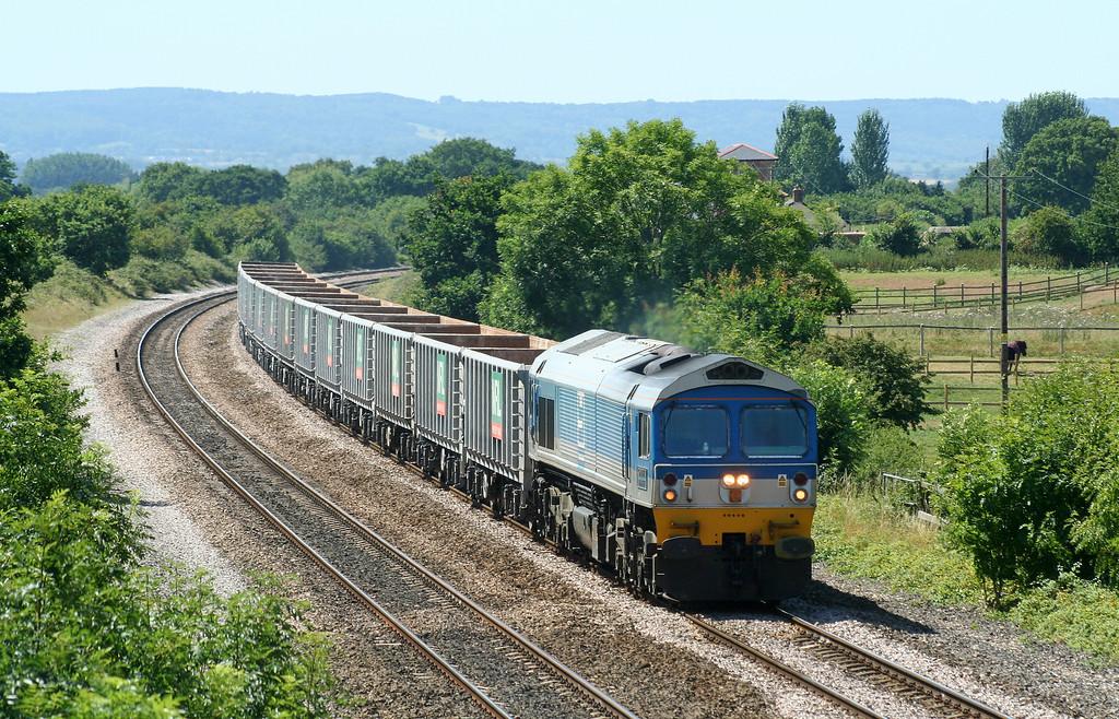 59005, 11.14 Exeter Riverside Yard-Westbury Yard, Cogload Junction, 24-7-06.