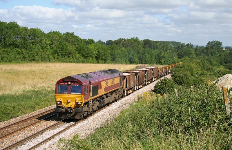 66093, 10.05 Westbury Yard-Eastleigh Yard, Upton Scudamore, near Westbury, 11-7-06.