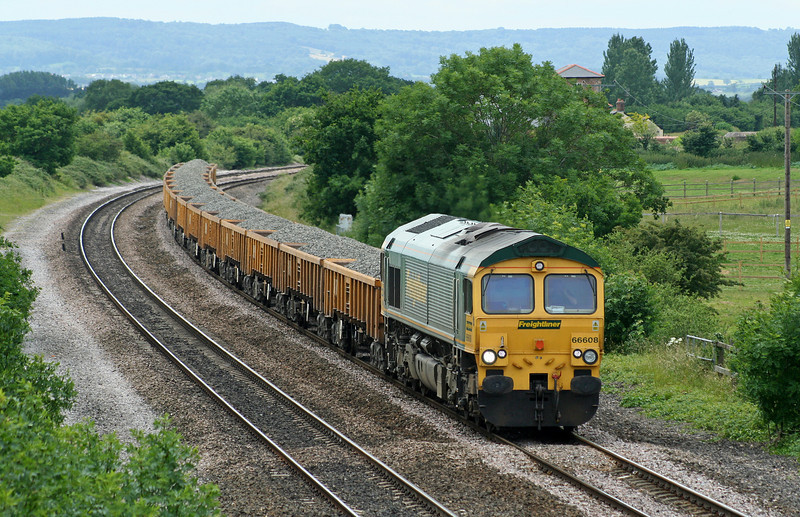 66608, 10.45 Meldon Quarry-Hinksey Yard, Cogload Junction, 20-6-06.