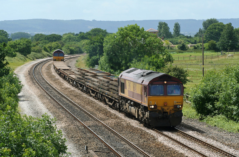 66242/66141, up departmental, Cogload Junction, 22-6-06.