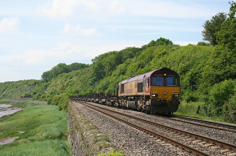 66043, 09.29 Margam-Lackenby, Gatcombe, near Lydney, 5-6-06.