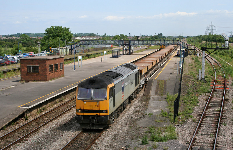 60061, 10.29 Hayes-Newport East Usk Yard, Severn Tunnel Junction, 15-6-06.